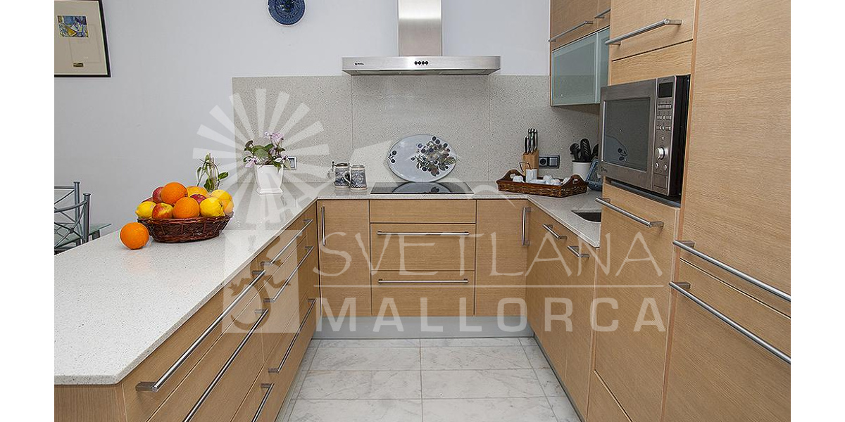 Playa de Alcudia apartment rental - New, fabulous and functional fully equipped kitchen.