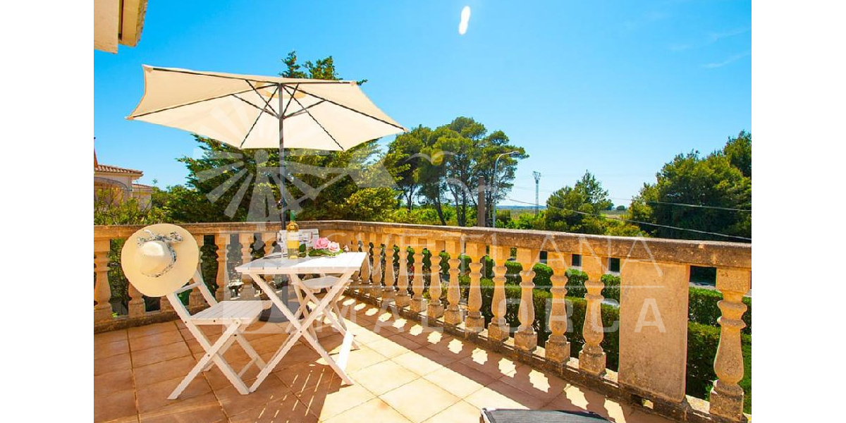 The terrace of the villa is ideal to enjoy the pleasant weather Mallorca..