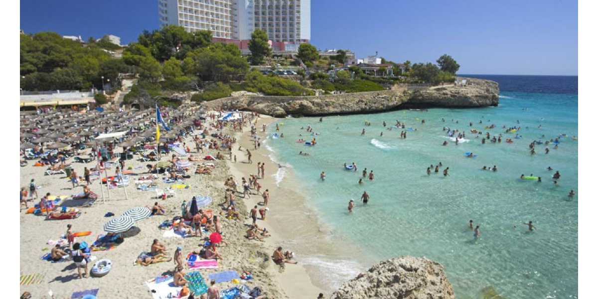 Beach in Calas de Mallorca.