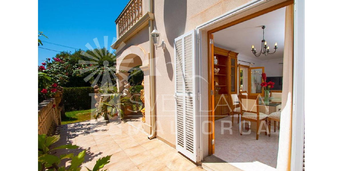 The house is surrounded by porches, terraces and garden with a great pool..