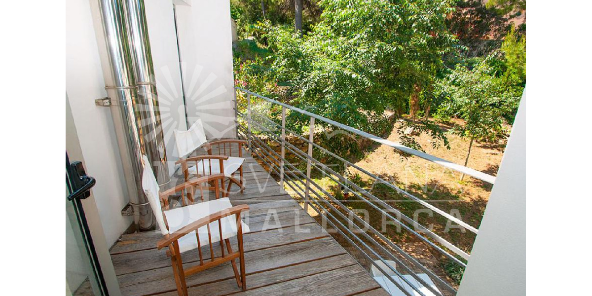 Balcony on the patio which is the habitat of the Mediterranean forest.