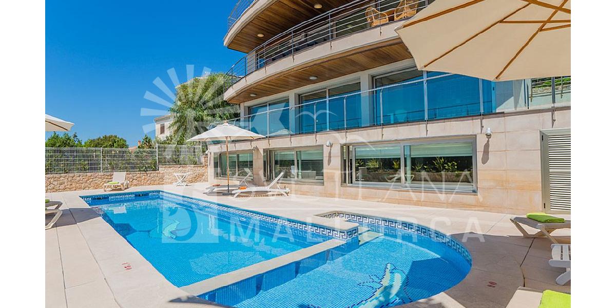 Villa delfin con piscina spa piscina cubierta climatizada jacuzzi y gimnasio ping pong - Gimnasio con piscina zaragoza ...
